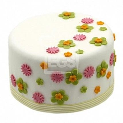 Flower Duet Cake:Send Gifts to Newcastle