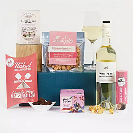 Sweets And Treats Gift:Gift Baskets to UK