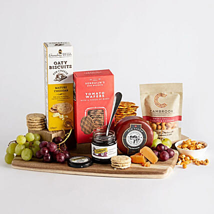 Cheese And Nibbles Gift