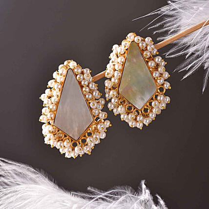 Mother Of Pearl 18 Kt Gold Polished Earrings