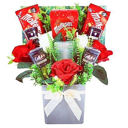 Yankee Candle And Chocolate Truffle Bouquet