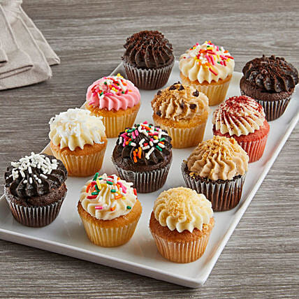 Assorted Mini Cupcakes With Personalised Greeting Card:Valentine's Day Cake Delivery in USA