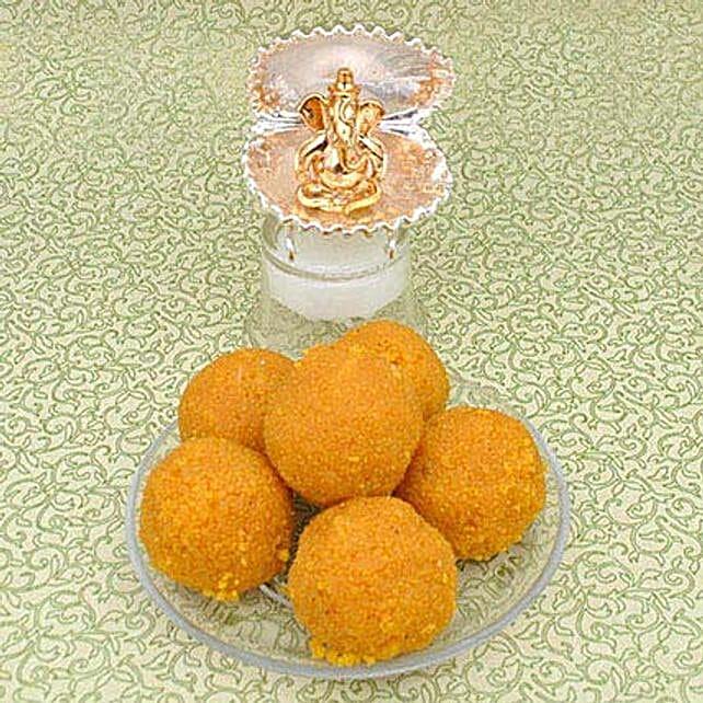 Golden Ganesha N Laddoos