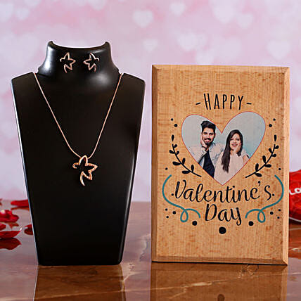 Happy V Day Personalised Plaque Necklace Set
