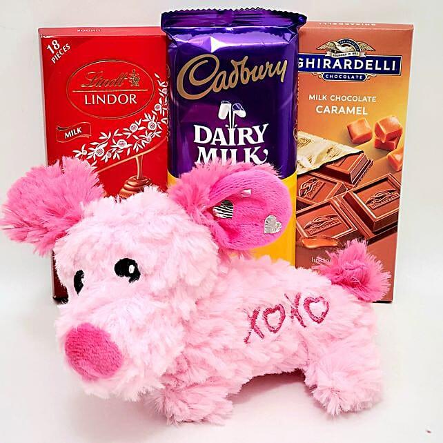 Lovely Plush Toy And Chocolates Gift Set