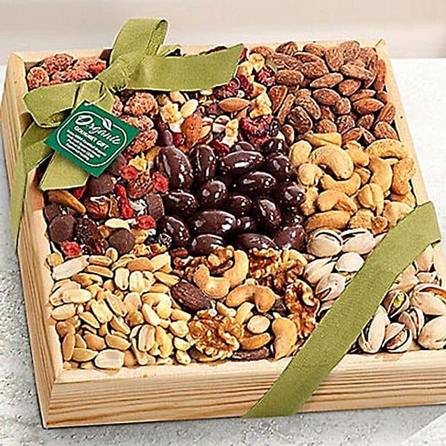 Organic Deluxe Nuts Hamper