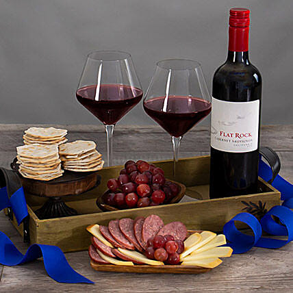 Red Wine Countryside Gift Basket:Send Wine Hampers to USA