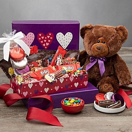 Valentines Day Gift Basket Hugs And Kisses
